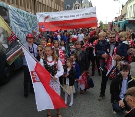 Polacy uczcili Święto Konstytucji Norwegii