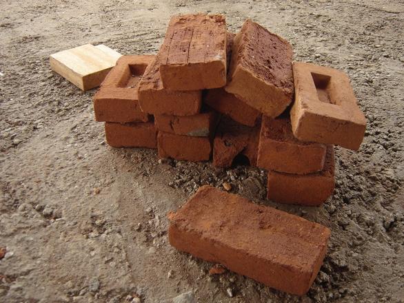 Przetarg na roboty budowlane w zakresie szkół podstawowych dla Time kommune