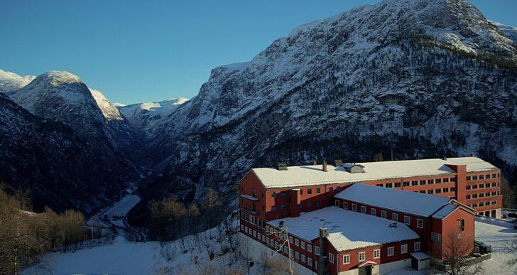 Wyjedź na ferie zimowe za granicę – o czym należy pamiętać