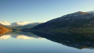 Norwegia-przedstawia-biala-księge